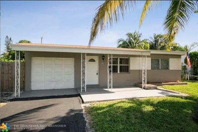 Pompano Beach Single Family Home For Sale: 141 NE 26th Ct