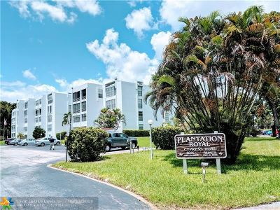 Plantation Condo/Townhouse For Sale: 6921 Cypress Rd #B19