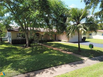 Broward County Single Family Home For Sale: 6940 Plantation Rd