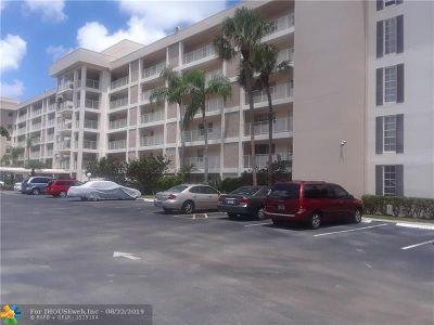 Pompano Beach FL Condo/Townhouse For Sale: $149,000