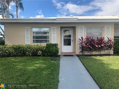 Boca Raton Condo/Townhouse For Sale: 8957 Warwick #8957