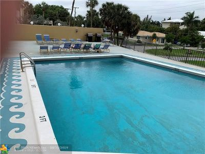 Pompano Beach Condo/Townhouse For Sale: 1200 Hibiscus Ave #1608