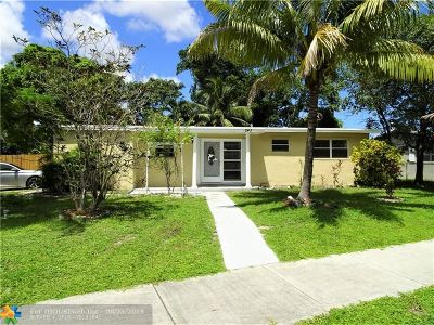 Pompano Beach Single Family Home For Sale: 243 NE 40th St