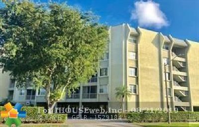 West Palm Beach Condo/Townhouse For Sale: 505 Spencer Dr #212