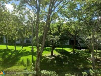 Pembroke Pines Condo/Townhouse For Sale: 800 SW 137th Ave #211G