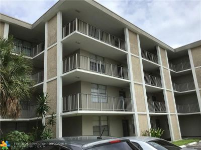 Lauderdale Lakes Condo/Townhouse For Sale: 2901 NW 48th Ave #266