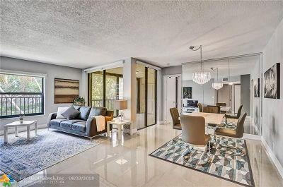 Coconut Creek Condo/Townhouse For Sale: 2613 Carambola Cir #2613
