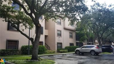 Plantation Condo/Townhouse For Sale: 10661 NW 14th St #236