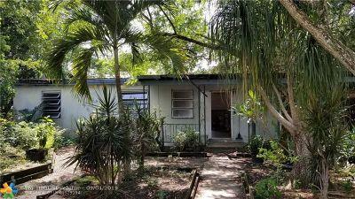 Pompano Beach Single Family Home For Sale: 1696 NE 51st Ct