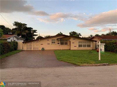 Miramar Single Family Home For Sale: 7913 Madeira St
