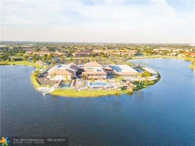 Pembroke Pines Condo/Townhouse For Sale: 1401 SW 134th Way #212C