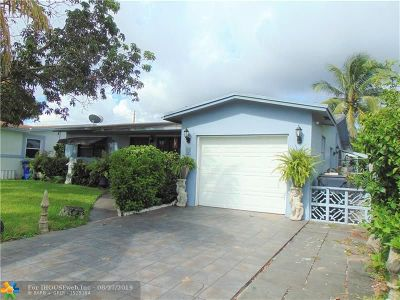 North Lauderdale Single Family Home For Sale: 851 SW 64th Ave