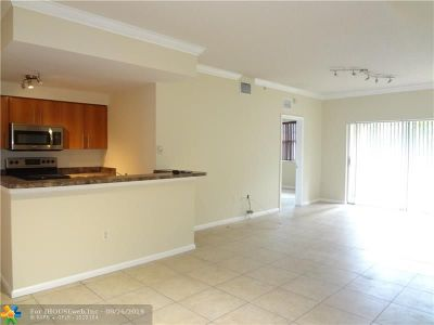 Coral Springs Condo/Townhouse For Sale: 5860 W Sample Rd #202