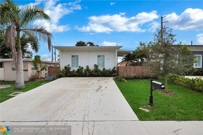 Hollywood Single Family Home For Sale: 2207 Charleston St