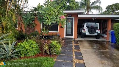 Pompano Beach Single Family Home For Sale: 2304 SE 13th Ct