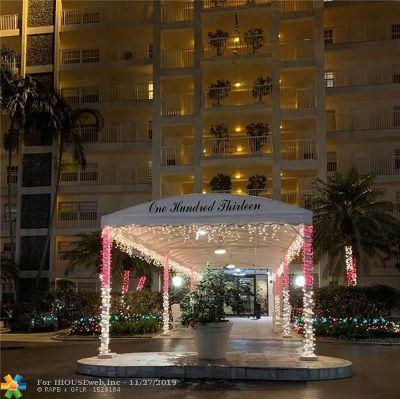 Pompano Beach Condo/Townhouse For Sale: 3520 Oaks Way #201