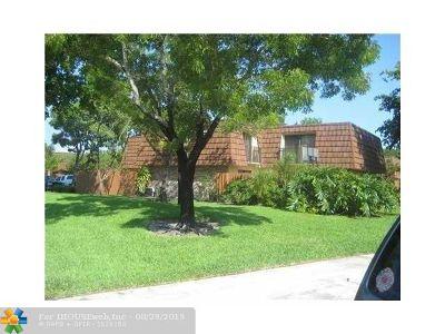 Cooper City Condo/Townhouse For Sale: 4061 Wimbledon Dr #4061