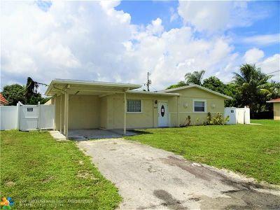 Pompano Beach Single Family Home For Sale: 1711 NE 2nd Ter