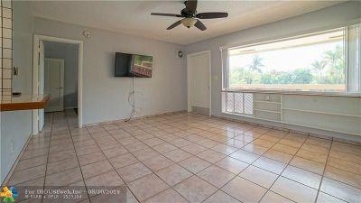 Fort Lauderdale Condo/Townhouse For Sale: 2616 NE 30th Pl #207
