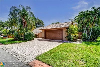 Tamarac Single Family Home For Sale: 7590 Black Olive Way