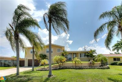 Deerfield Single Family Home For Sale: 813 SE 10th Ter