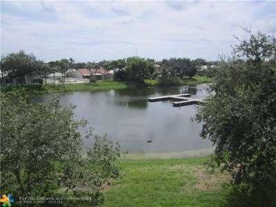 Oakland Park Condo/Townhouse Backup Contract-Call LA: 2331 NW 33rd St #315