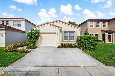 Deerfield Beach Single Family Home For Sale: 111 NW 42nd Way