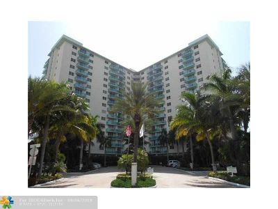Hollywood Condo/Townhouse For Sale: 3801 S Ocean Dr #4A