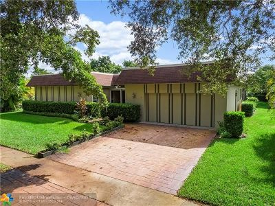 Plantation Single Family Home For Sale: 1640 SW 67th Ave