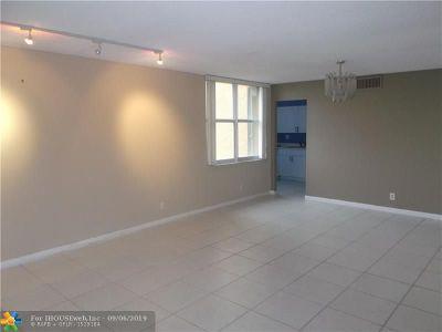 Lauderhill Condo/Townhouse For Sale: 3771 Environ Blvd #655