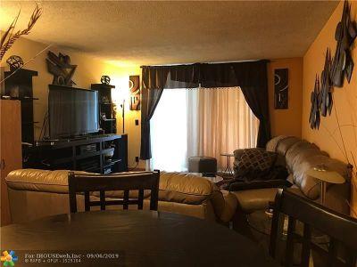 Hallandale Condo/Townhouse For Sale: 1000 NE 12th Ave #305
