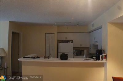 Miramar FL Condo/Townhouse For Sale: $184,900
