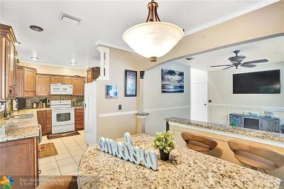 Coral Springs Single Family Home For Sale: 3625 Wilderness Way