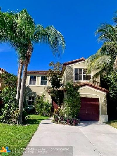Deerfield Beach Single Family Home For Sale: 4297 NW 1st Dr