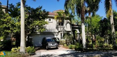 Plantation Single Family Home For Sale: 143 NW 117th Ave