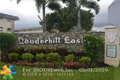Lauderhill Condo/Townhouse For Sale: 4341 NW 16th St #207