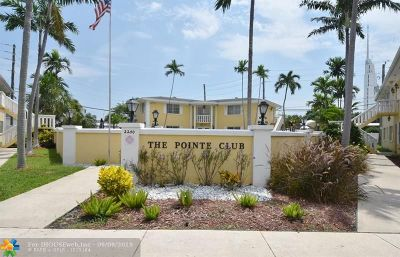 Fort Lauderdale Condo/Townhouse For Sale: 2210 NE 56th Place #125