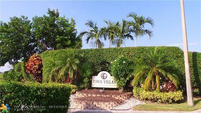 Boca Raton Condo/Townhouse For Sale: 18900 Stewart Cir #Apt 4