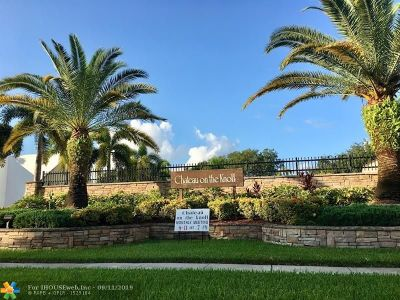 Boca Raton Condo/Townhouse For Sale: 9470 SW 61st Way #D