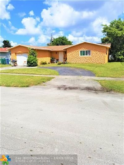Lauderhill Single Family Home For Sale: 4811 NW 17th St