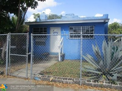 Miami Single Family Home For Sale: 1755 NW 42nd St