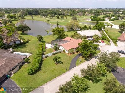 Coral Springs Single Family Home For Sale: 11035 NW 26th Dr