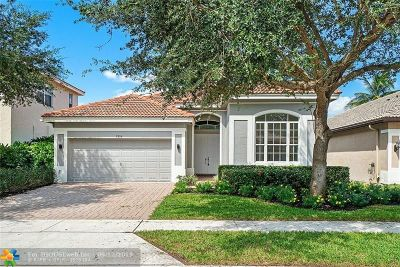 Delray Beach Single Family Home For Sale: 7856 Monarch Court