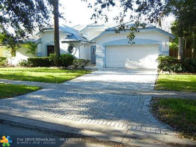 Plantation Single Family Home For Sale: 10460 NW 18th Mnr