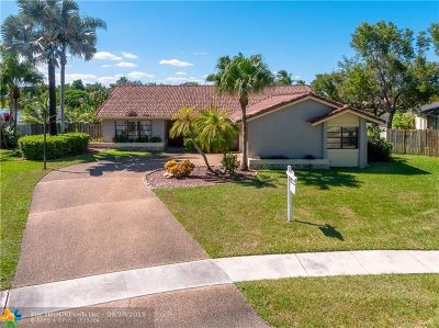 Plantation Single Family Home For Sale: 1021 NW 97th Ave