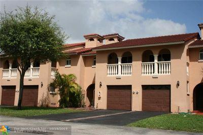 Miami Condo/Townhouse For Sale: 13759 SW 160th St #24