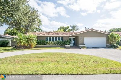 Lighthouse Point Single Family Home For Sale: 2740 NE 40th Ct