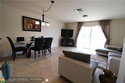 Tamarac Condo/Townhouse For Sale: 5962 Abbey Rd