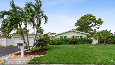 Deerfield Single Family Home For Sale: 811 SE 13th Ave