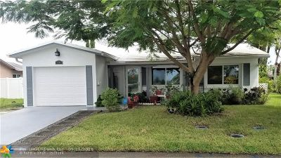 Tamarac Single Family Home For Sale: 7518 NW 66th Ter